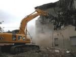 Campania illegale, il governo blocca l'abbattimento degli immobili abusivi
