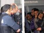 Immigrati: sosta a Bologna