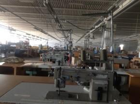 29 operaie per una fabbrica
