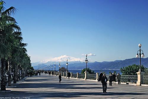il più bel chilometro d'Italia, il lungomare di Reggio Calabria