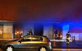 Avellino, il teatro brucia