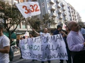 Dalla Basilicata all'Abruzzo la protesta popolare contro il petrolio