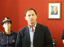 """Trasferimento Linares, il ministro ha firmato """"a sua insaputa?"""""""