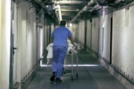 Frattura non curata, Cassazione riconosce colpa dei medici