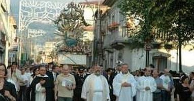 29997164_statua-madonna-inchina-boss-carabinieri-lasciano-il-corteo-0