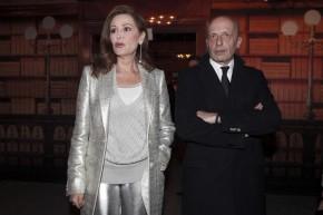 Daniela Santanché e Alessandro Sallusti ospiti del parterre in occasione della sfilata moda uomo di Moncler, Milano, 12 gennaio 2014.  ANSA/MOURAD BALTI TOUATI