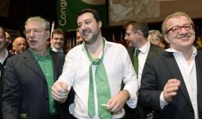 Umberto Bossi,Matteo Salvini e Roberto Maroni durante il congresso federale straordinario della Lega Nord per l'elezione del nuovo segretario al Lingotto, Torino,15 Dicembre 2013 ANSA/ ALESSANDRO DI MARCO