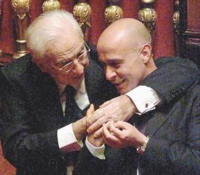 Chi è Marco Minniti, l'uomo che ha battuto il duo Renzi & Lotti
